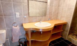salle de bain chambre d'hotes Kanelle