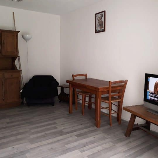 http://chambresdhote-azkena.fr/wp-content/uploads/2018/04/location-appartement-bayonne-2-540x540.jpg