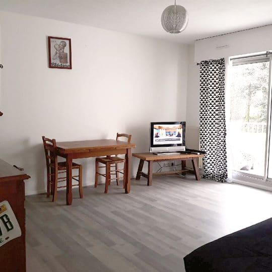 http://chambresdhote-azkena.fr/wp-content/uploads/2018/04/location-appartement-bayonne-3-540x540.jpg