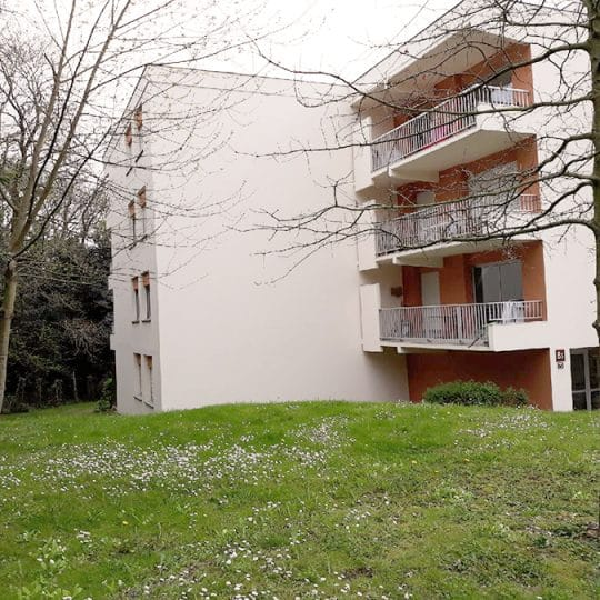https://chambresdhote-azkena.fr/wp-content/uploads/2018/04/location-appartement-bayonne-4-540x540.jpg